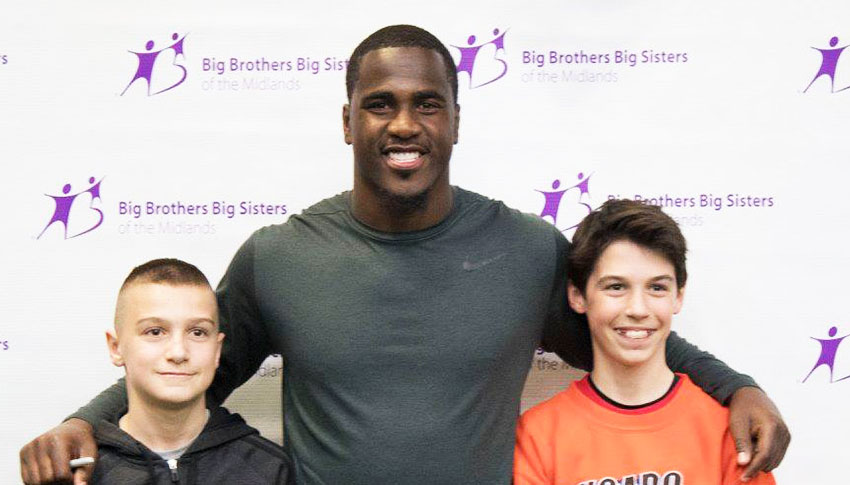 Tampa Bay Buccaneer Lavonte Davis with Littles from BBBS of the Midlands